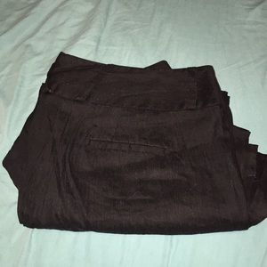 Black cropped linen pants